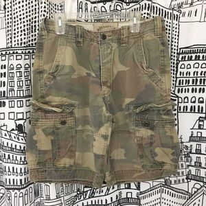 Men's Hollister camo shorts